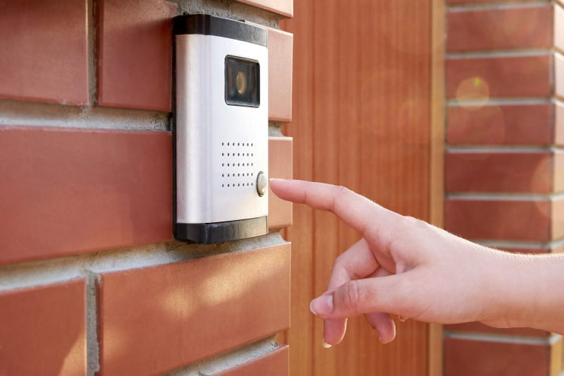 Wired vs Wireless Doorbell - Which is Better For You
