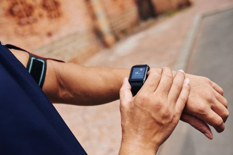 7 Best EMF-Free Fitness Trackers